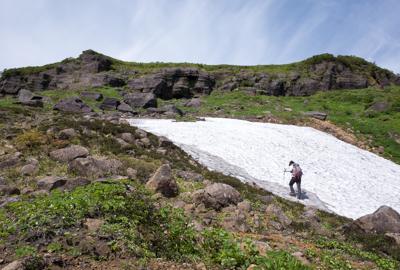 9月頃まで雪渓が残ることも