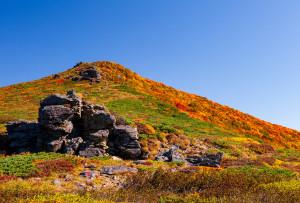 東栗駒山稜線へ続く登山道
