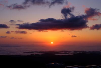 雲海と朝日